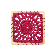 Crochet pendants square Gold-Port Red