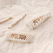 NEW MUST-HAVE: these new hair accessoires with pearls!
