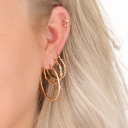 NEW Shop here: trendy new earrings!