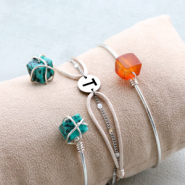 Inspirational Sets Stylish bracelets and earrings with natural stone cube beads