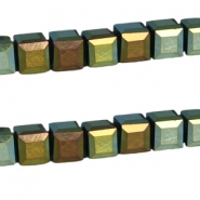 Top faceted beads Top faceted square beads